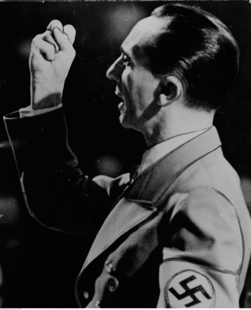 Joseph Goebbels gives a speech to the citizens of Berlin, June 1943 (NAC)