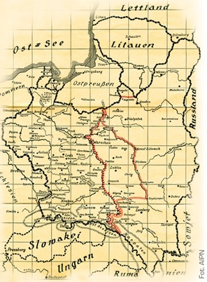 "A German map of the ""former Polish territory"" with the marked, temporary demarcation line and the future border between the Third Reich and the USSR (AIPN)"