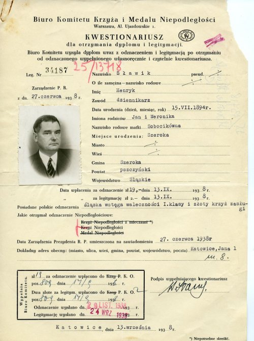 Henryk Sławik's questionnaire for the awarding of the Cross of Independence. Photo: WBH