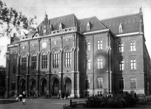 Collegium Novum of the Jagiellonian University, 1927. From the collections of the National Digital Archives
